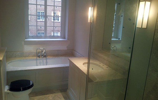 Marble bathroom in Chelsea
