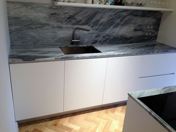 how to cut out solid surface sink